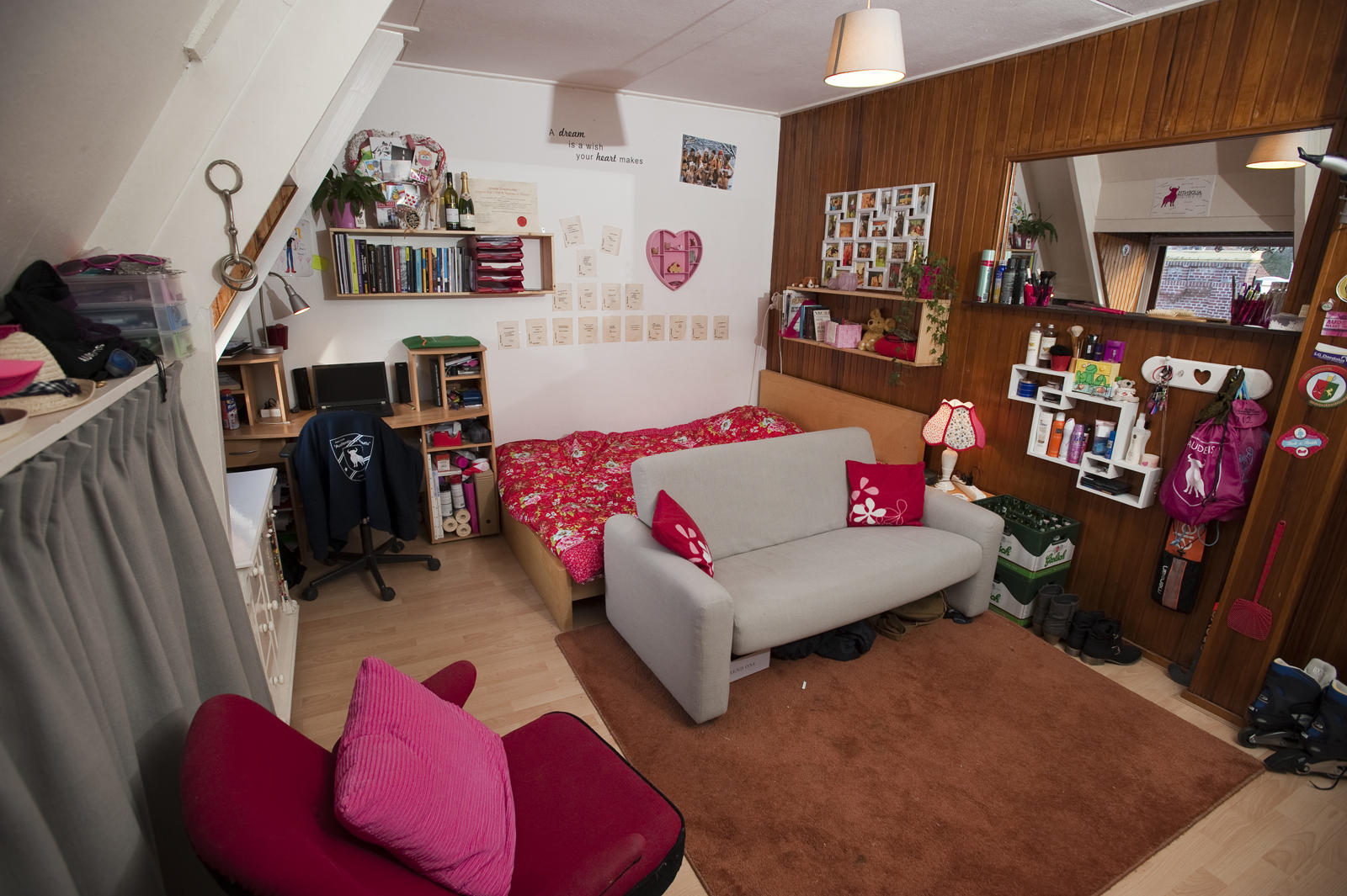 Hoe je slaapkamer gezellig maken beste inspiratie kamers design en meubels - Kamer sfeer ...