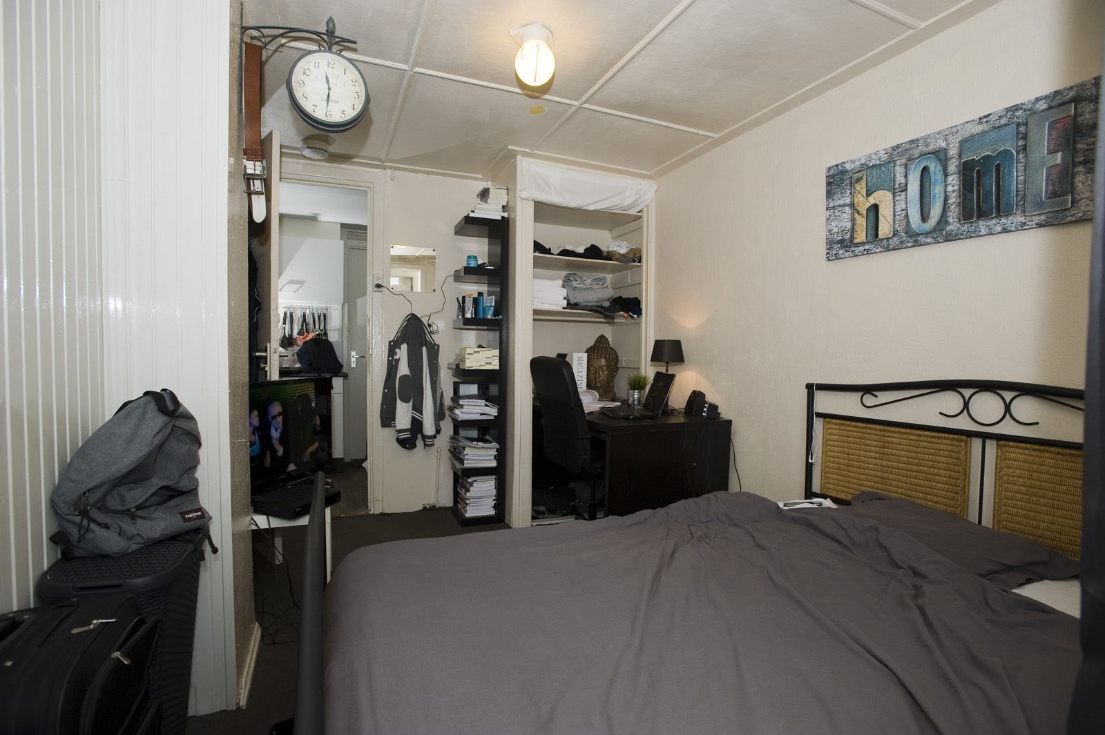 kleine slaapkamer creatief inrichten met veel kastruimte ~ lactate, Deco ideeën